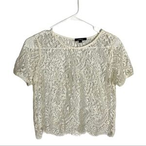 AMBIANCE Lace Crop Top